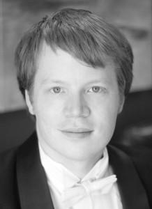Daniel Hutchings, Tenor